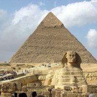 Wielki Sfinks i Piramidy w Gizie