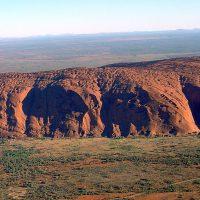 Uluru – spektakularne czerwone skały